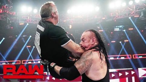 Notas de RAW: Styles vs. Ricochet en la estelar; Aparece Undertaker; Luchas confirmadas para Extreme
