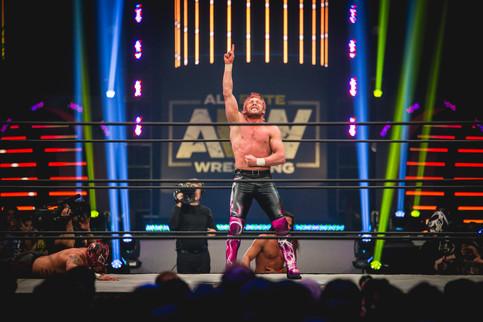 Notas de AEW: Luchas confirmadas para debut en TNT; Próximas carteleras y más (VIDEO)
