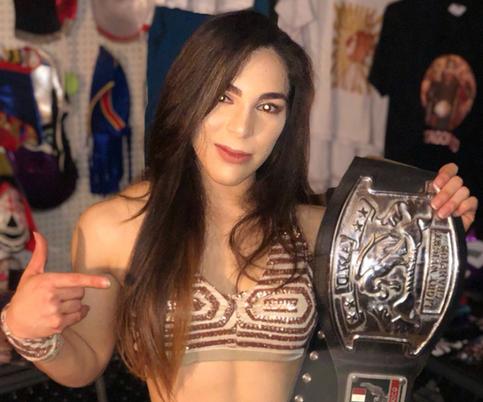 Vanilla Vargas se convierte en campeona principal de organización en Memphis