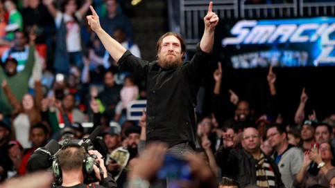 SmackDown LIVE: Styles a defender en lucha de desventaja; Regresa Becky Lynch; Karl Malone junto a B