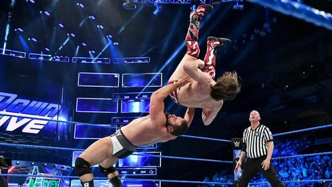 SmackDown LIVE: Continúan las clasificatorias al Money In The Bank de hombres y mujeres (VIDEOS)
