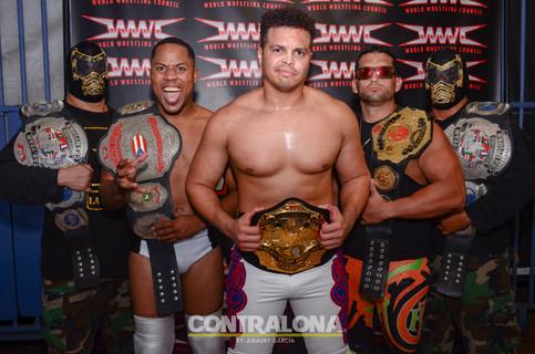 HISTORIA: Una superestrella de WWE se convierte en el Campeón Universal de WWC (FOTOS y VIDEO)