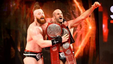 RAW: NUEVOS Campeones en Pareja; New Day hace aparición; Se completa equipo para Survivor Series