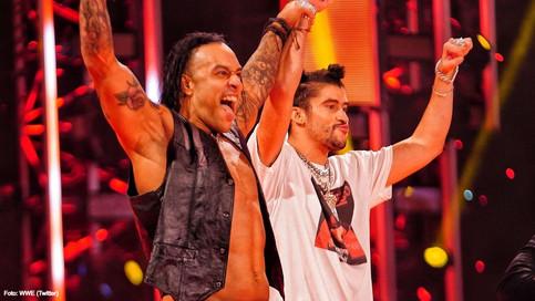 """SAZÓN BORICUA: Damian Priest y Bad Bunny le """"dejan caer to' el peso"""" a Miz y Morrison en WWE Raw"""