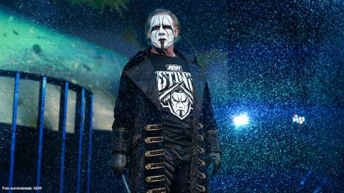 OFICIAL: Sting hace su debut en AEW Dynamite y firma contrato multianual (VIDEO)