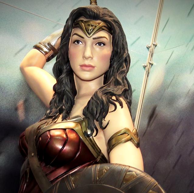 Estatua de Wonder Woman (DC)