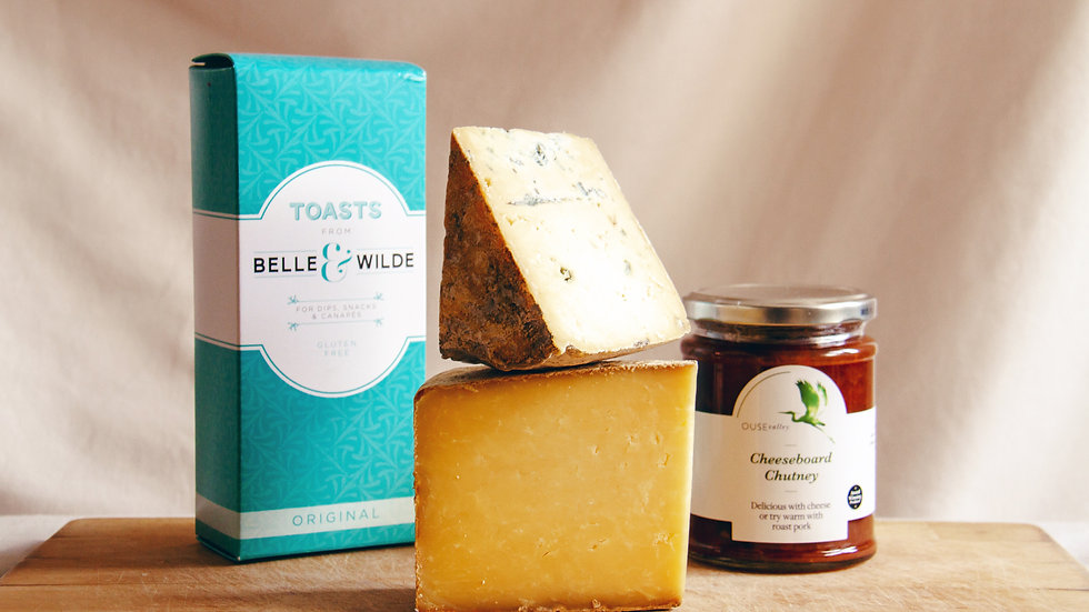 Sussex Cheeseboard Gift Box