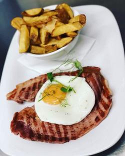Gammon, Egg & Fries