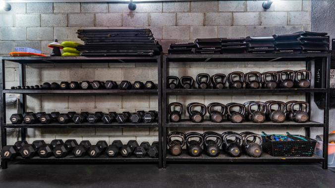 Estante de equipamentos