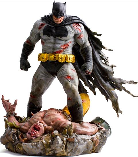 Batman: The Dark Knight Returns Sixth Scale Diorama - IRON STUDIOS