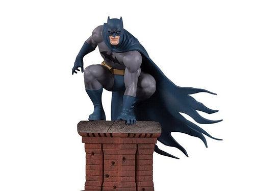 DC Comics Bat Family Batman Multi-Part Statue Diorama