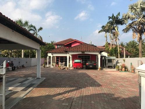 0.615 Ekar Tanah Beserta 2 Buah Banglo Permatang Pasir,Alai Melaka