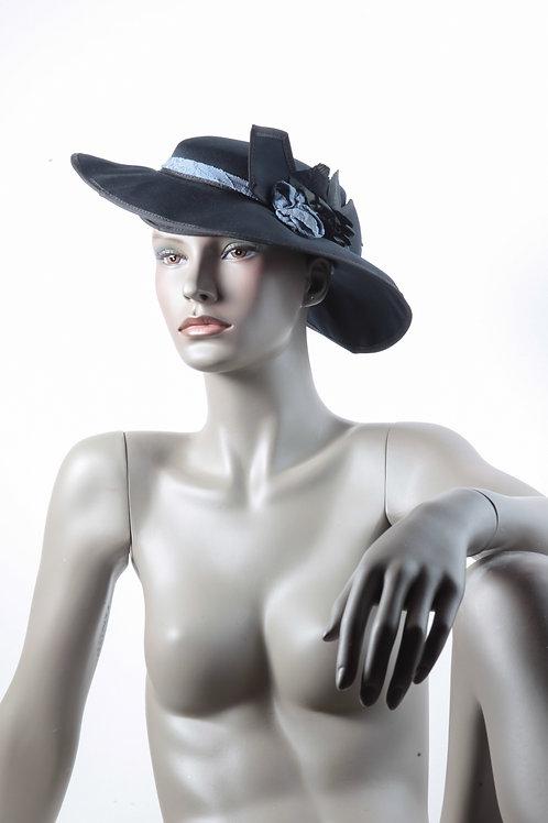 Chapeaux époques femmes-23
