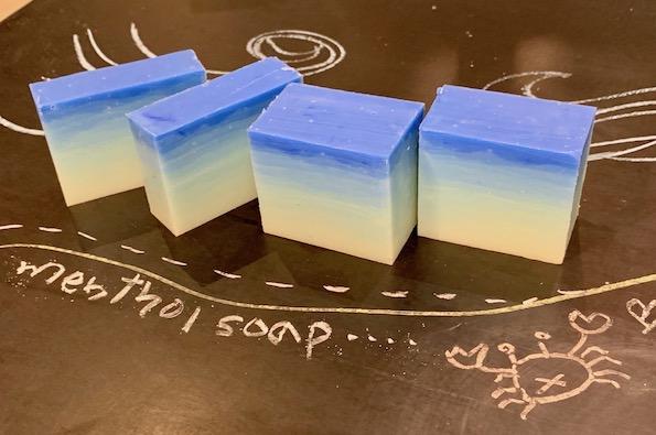メントールクリスタルのスースー石鹸