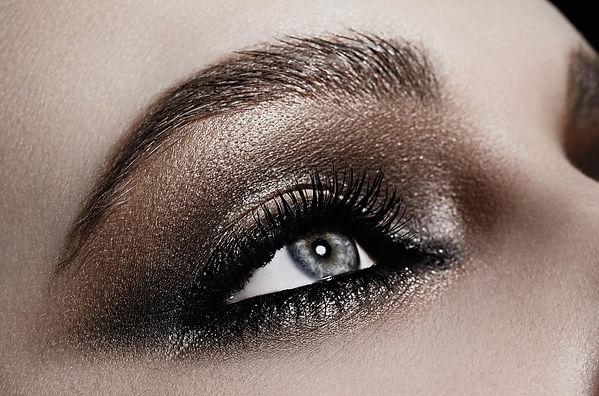 smoky eye.jpg