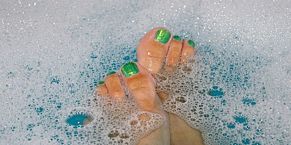 jasie-cosmopharma-rentouttava-jalkahemmo