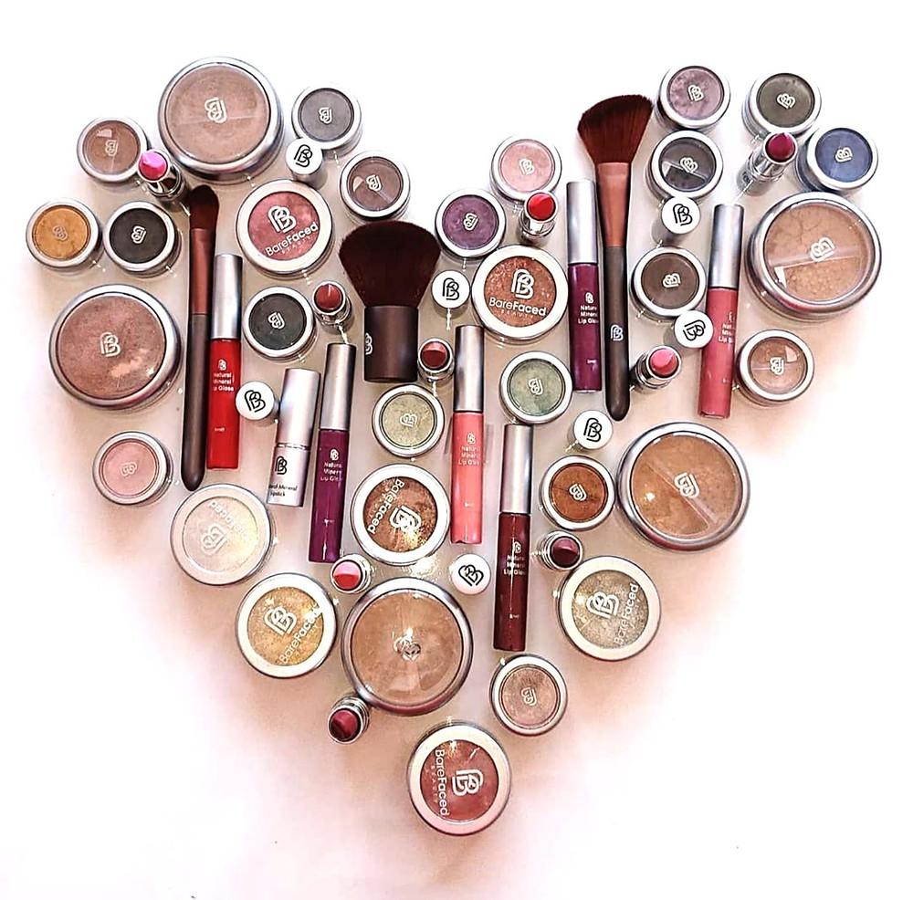 BareFaced Beauty -mineraalimeikit ovat 100 % luonnollisia meikkejä.