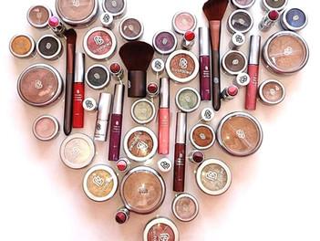 21 syytä, miksi valitsin 100 % luonnolliset BaraFaced Beauty mineraalimeikit