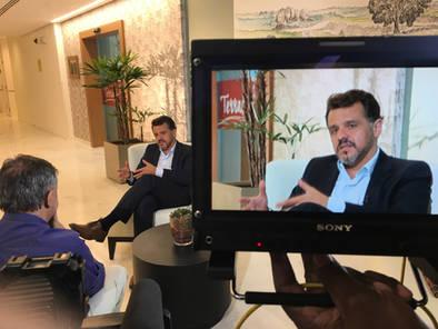 Prof. Alexandre Munhoz em entrevista sobre segurança em cirurgias plástica.