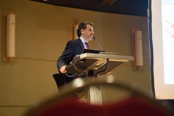 Conferência Prof. Alexandre Munhoz em Portugal
