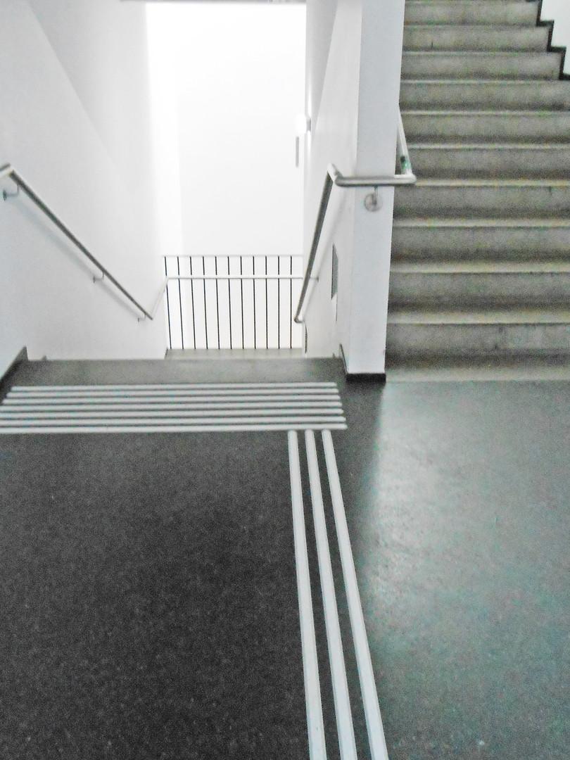 Schule_Treppe-nachher