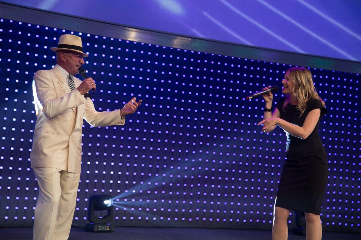 mit Louie Austen on stage