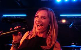 Eve Nord - Sängerin
