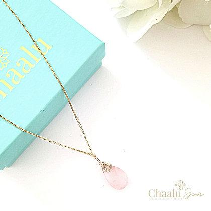 Mia Rose Quartz Necklace