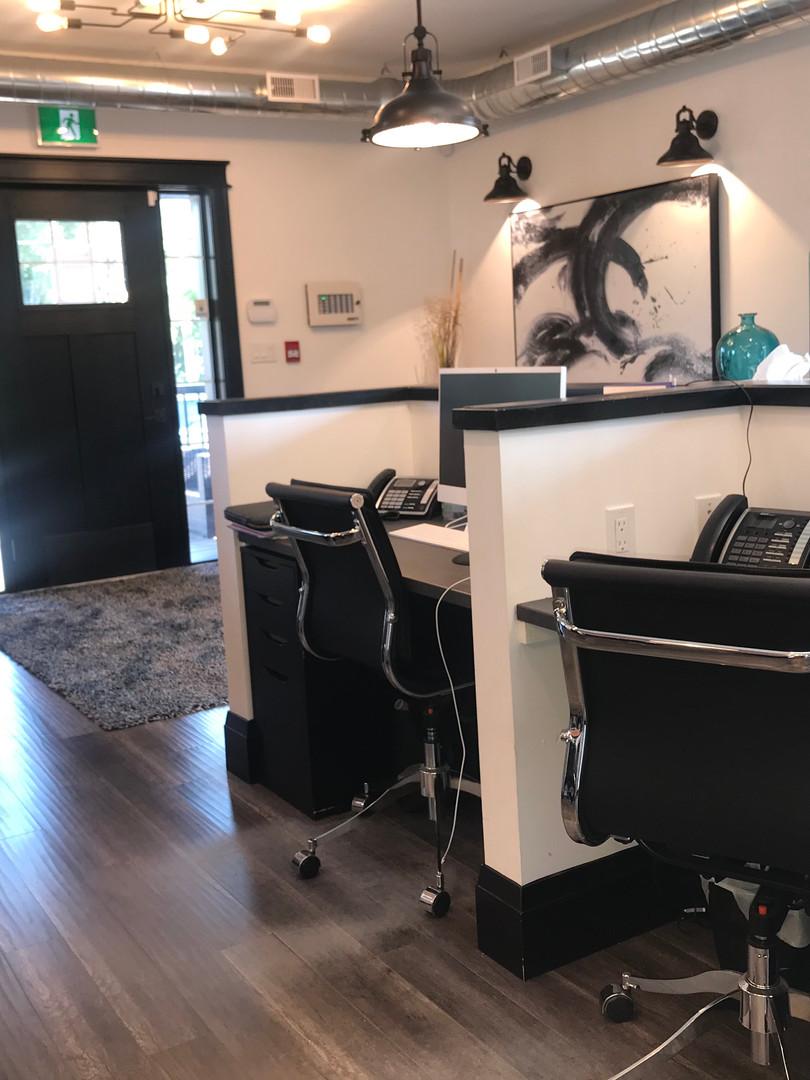 Built-ins, Admin desk, waiting area