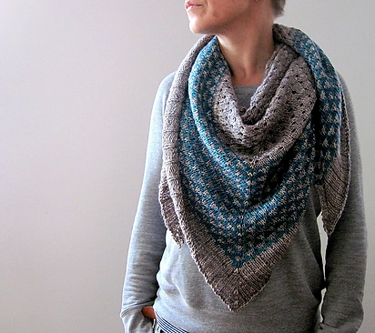 Always in my Heart gray and blue shawl