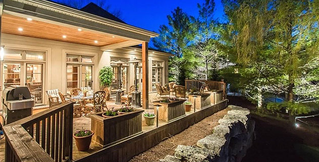 Patio Lighting Design by Lightscapes in Ontario