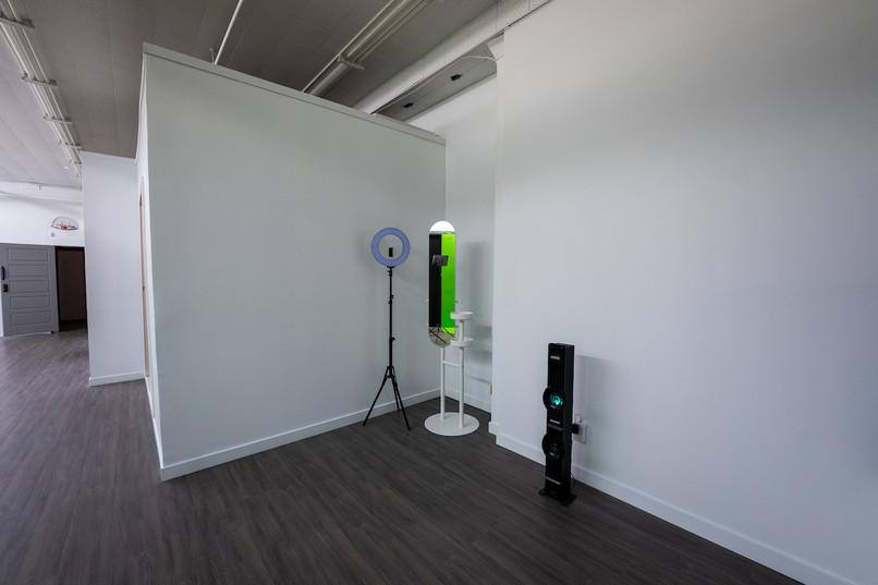 Sync Studios Mirror
