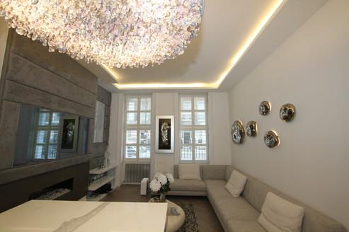 Italian Crystal Lighting Feature