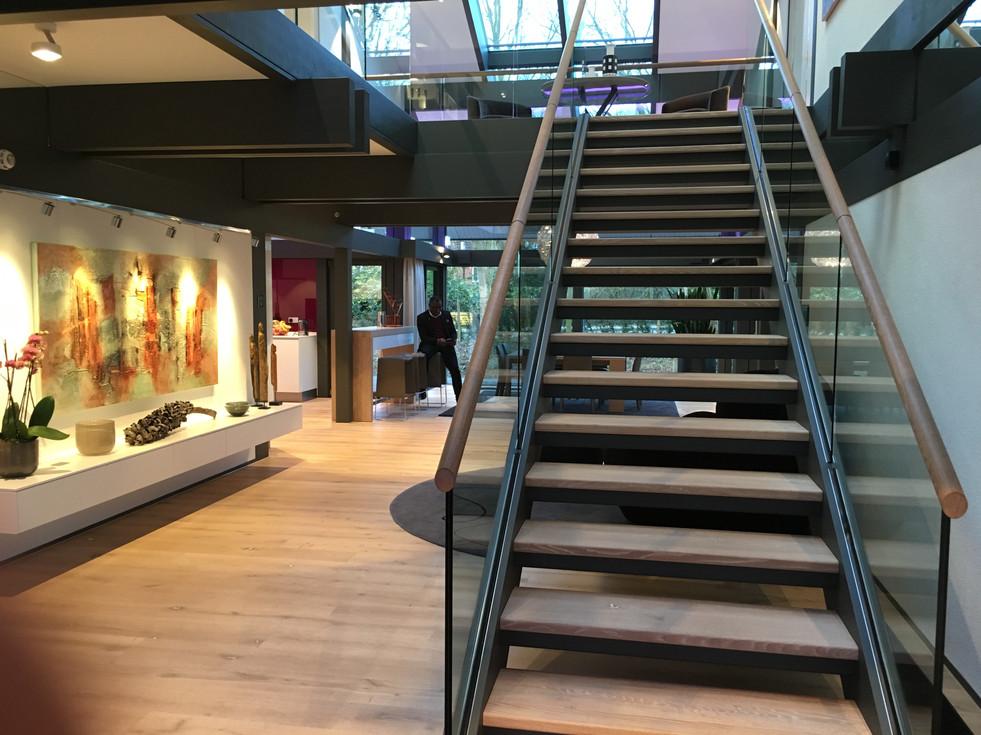 Modern double width stairway