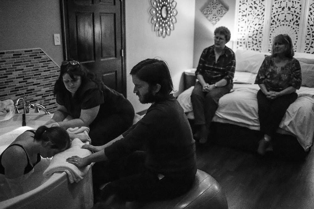 birth doula photographer in Richmond VA