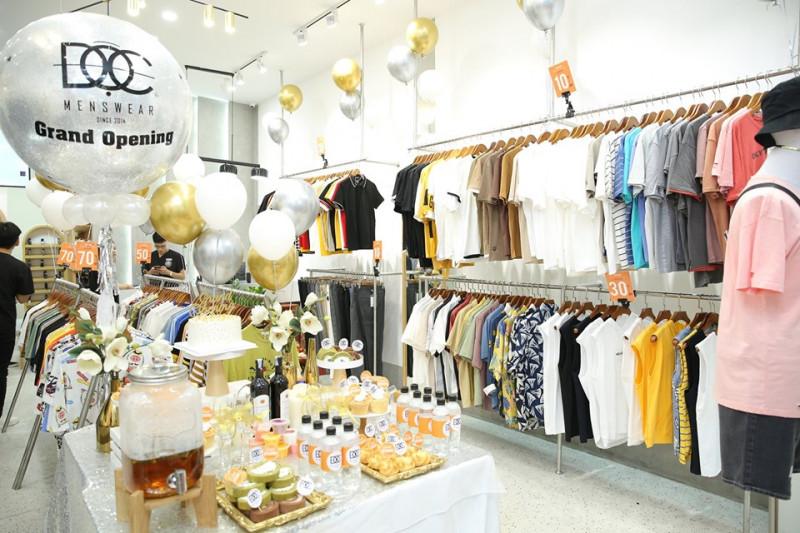 khai trương shop quần áo