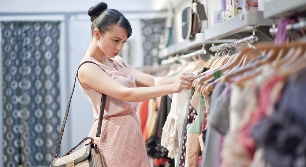 kinh nghiệm mở shop quần áo nữ