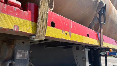 De kantbalk en het chassis als vastzetpunt