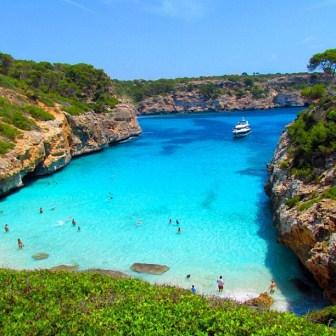 Calos+des+Moro+Beach,+Spain.jpg