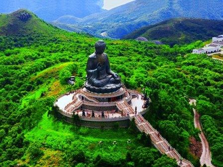 Tian+Tan+Buddha+on+Lantau+Island,+Hong+Kong.jpg