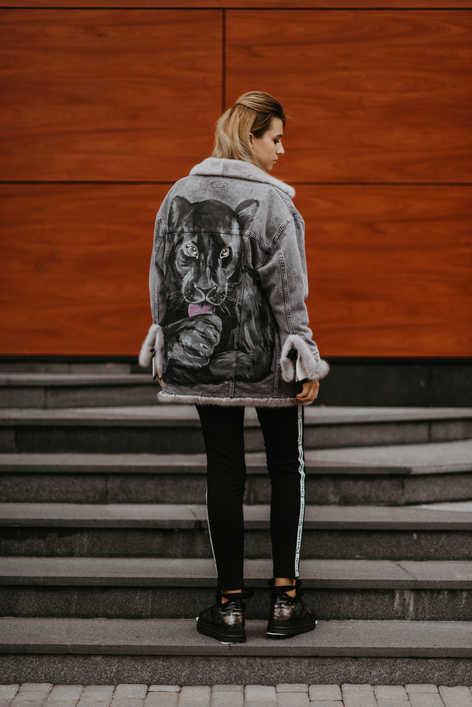 """Джинсовая куртка на норке, с художественной росписью """"Черная Пантера"""""""