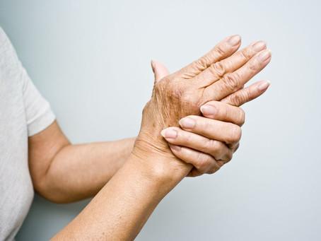 Novo teste sanguíneo pode prever artrite reumatoide