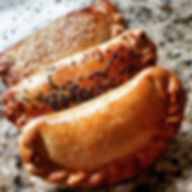 Empanadas _Carne de Panela_Frango com Pa