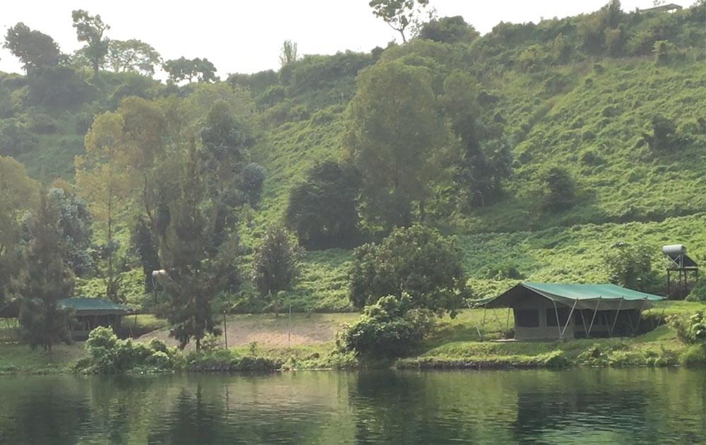 tchegar-island-lake-kivu-congo-safari