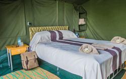 bukima-camp-virunga-tent-room