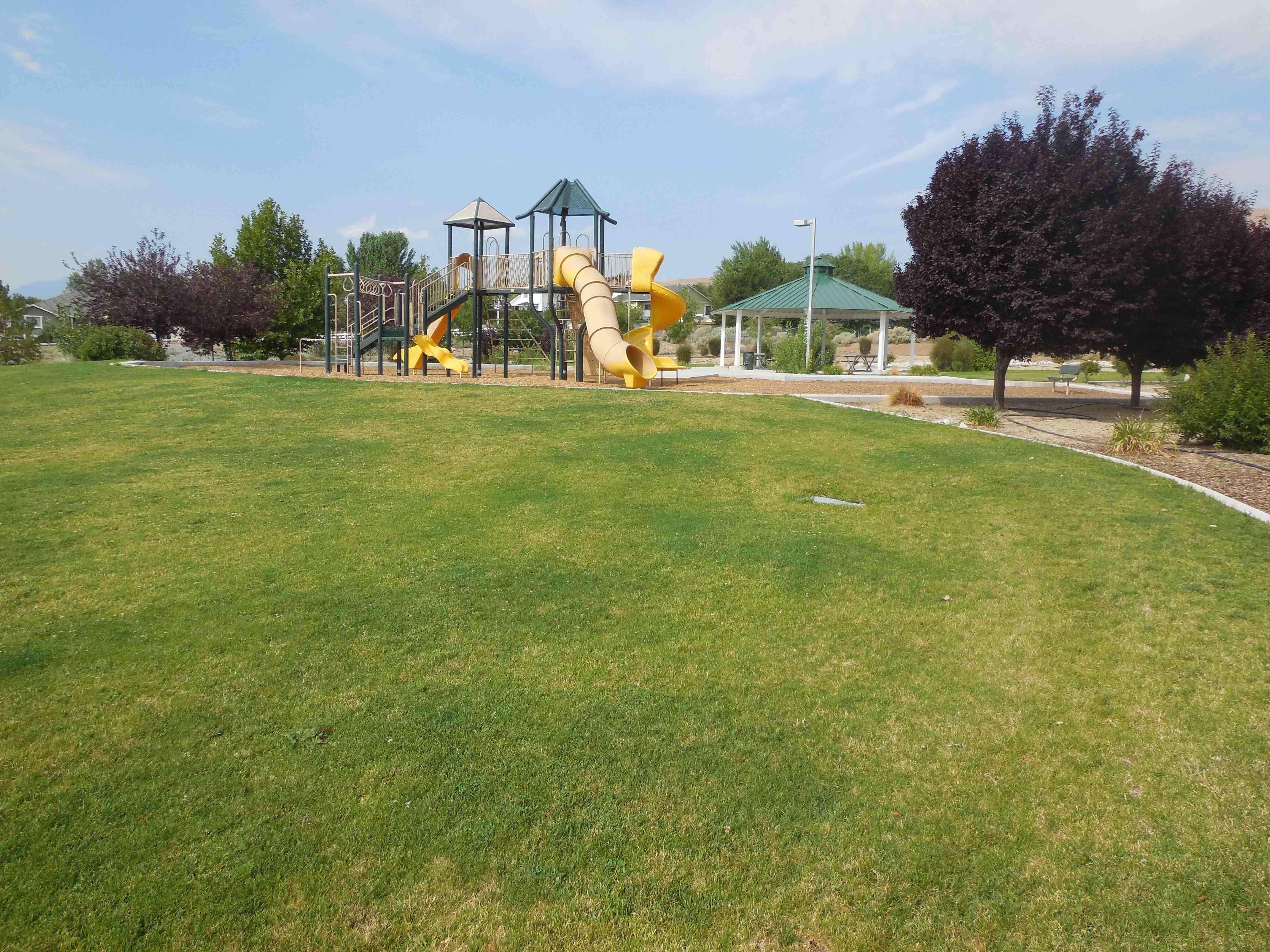 2 Kestrel Park Site 1 Summer 2014 (low)