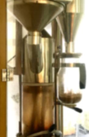 ドイツ製の焙煎機です