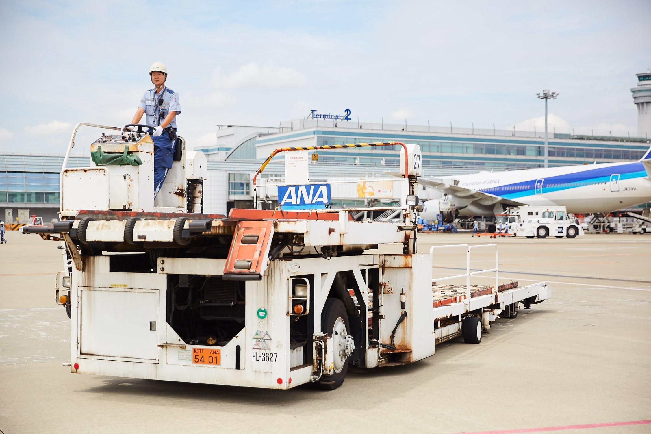 スターフライヤー便のハイリフト業務