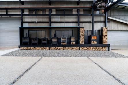 実際の薪ストーブを比較できる京都のショールーム