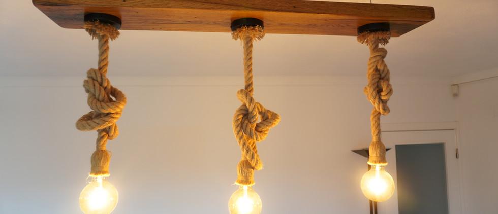 Candeeiro de 3 lampadas em carvalho